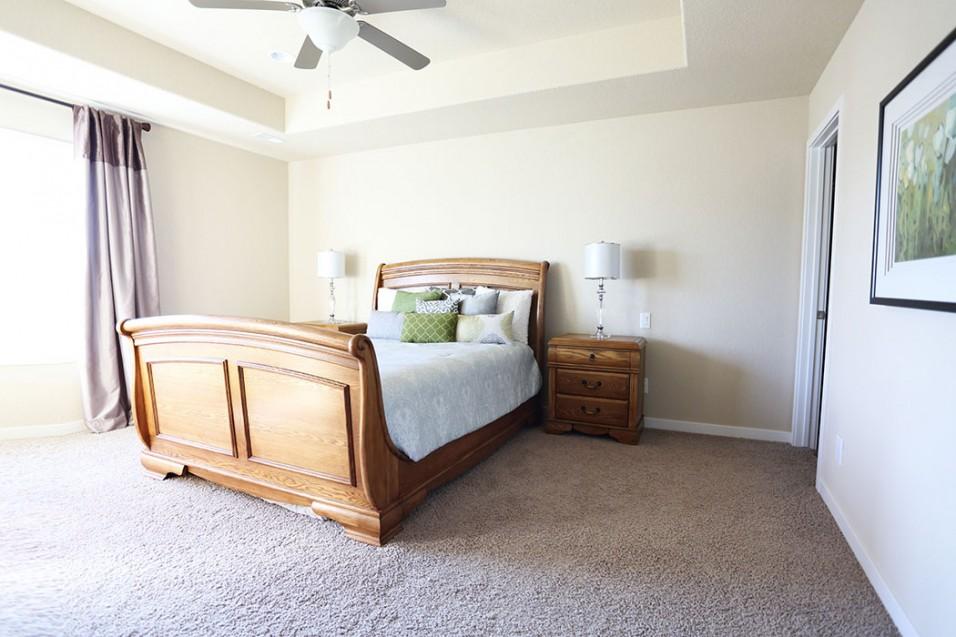Bedroom furniture des moines iowa homemakers furniture des for Homemakers furniture west des moines ia
